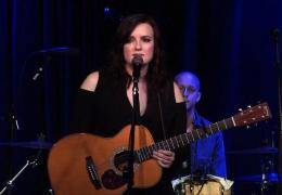 Brandy Clark – Who You Thought I Was – Live From 3rd & Lindsley