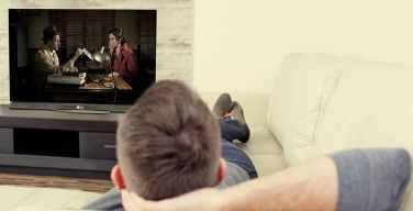 Cómo-conseguir-una-experiencia-cinematográfica-desde-casa