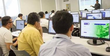 USIL-digitaliza-la-formación-de-sus-Catedráticos