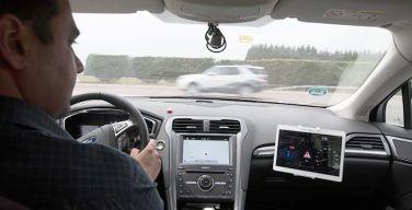 Ford-prueba-nueva-tecnología--Alerta-de-Colisión-en-Cruce