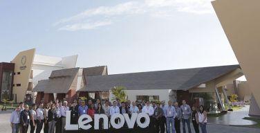 Lenovo-reúne-a-17-instituciones-educativas-peruanas