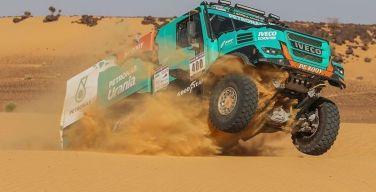 Team-De-Rooy-ganó-carrera-Eco-África-Race-2018-con-Goodyear