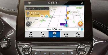 Waze-estará-disponible-en-la-línea-de-vehículos-Ford