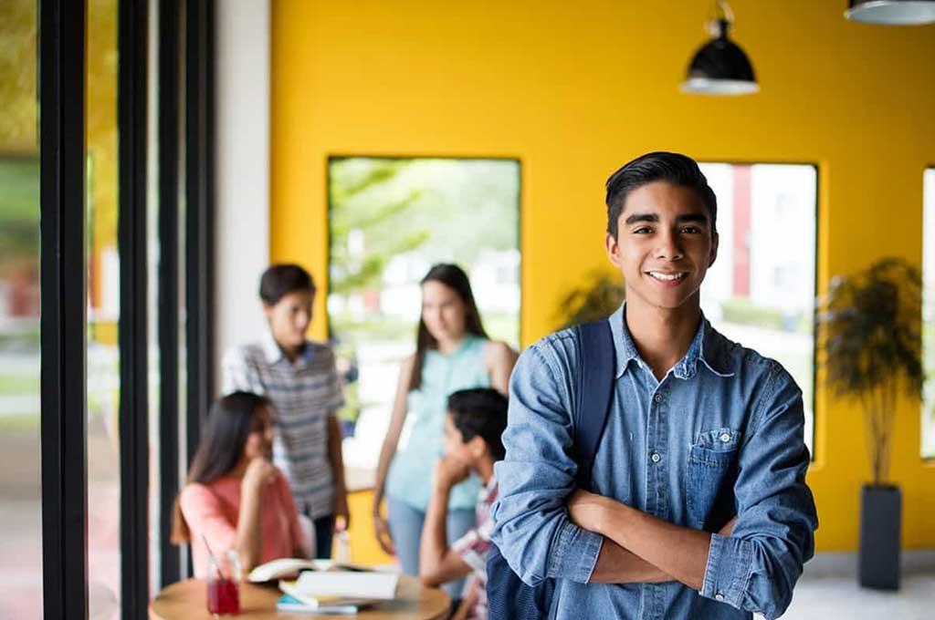Alumnos-desarrollan-habilidades-de-pensamiento-crítico-e-investigación