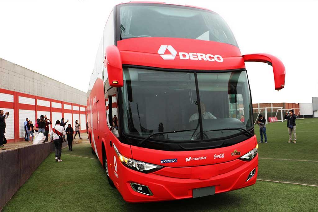 DERCO-presenta-nuevo-bus-oficial-de-la-Selección-Peruana-de-Fútbol