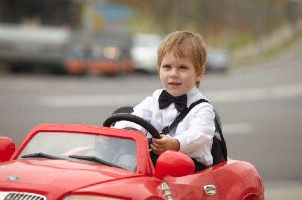 McLaren-720S-nuevo-coche-eléctrico-para-niños