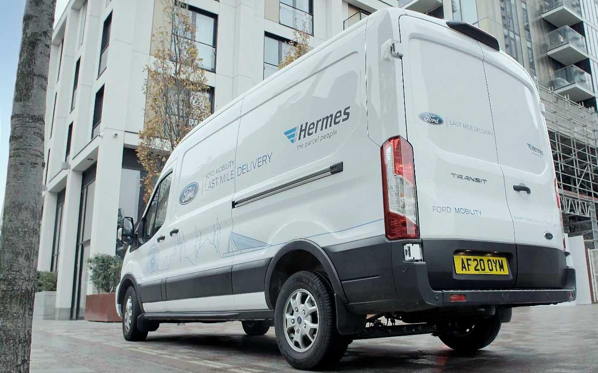 ford-trabaja-con-la-empresa-hermes-para-desarrollar-un-servicio-de-mensajeria-sostenible