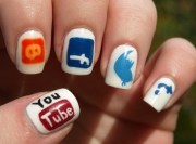 funky & creative nail art design
