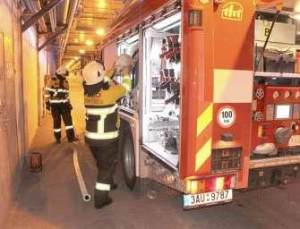 Únik oleje prověřil hasiče v Počeradech