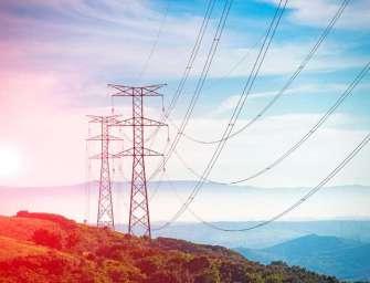 Přenosové soustavě pomohly regulační transformátory