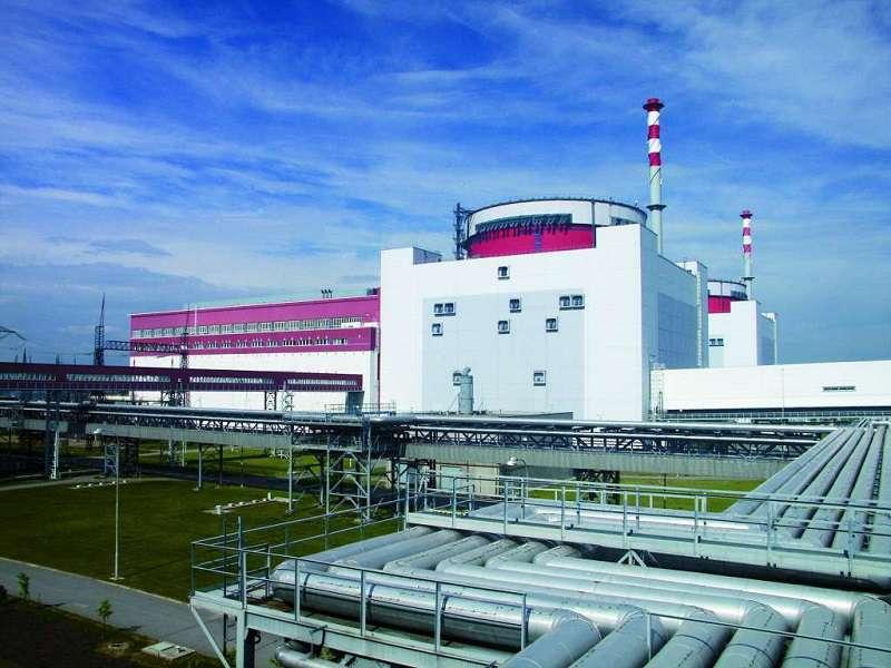 Jaderná elektrárna Temelín je Rakušanům trnem v oku, avšak elektřinu zde vyrobenou vesele dovážejí. Foto: ČEZ