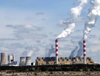 Britská pojišťovna investovala miliardy do polského uhlí