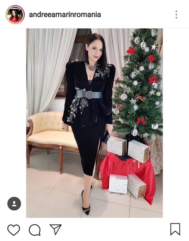 Andreea Marin, în costum negru, pregătită pentru o gală