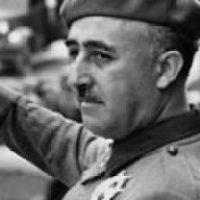 Apoya la retirada de la medalla de oro de Motril al Dictador