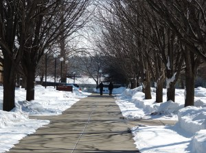 The IUSB campus on a Saturday afternoon. Professor Maria Mendez suggests that getting students to connect to campus more often will likely improve graduation rates.  Preface photo/Neil King