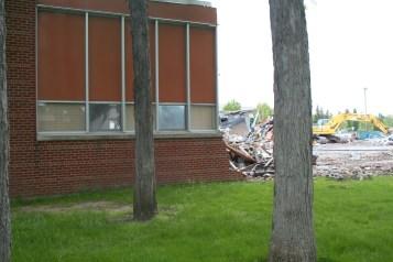 Greenlawn_demolition_roeder_06