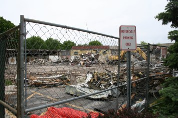 Greenlawn_demolition_roeder_19
