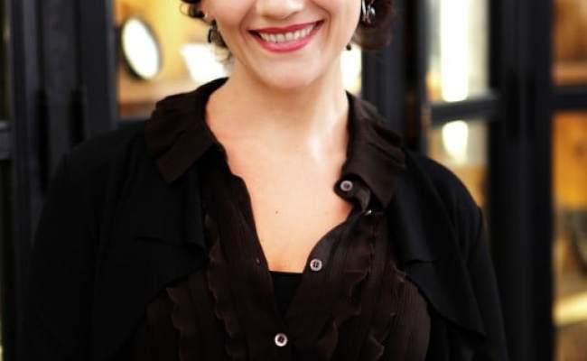 Picture Of Lucia Ocone