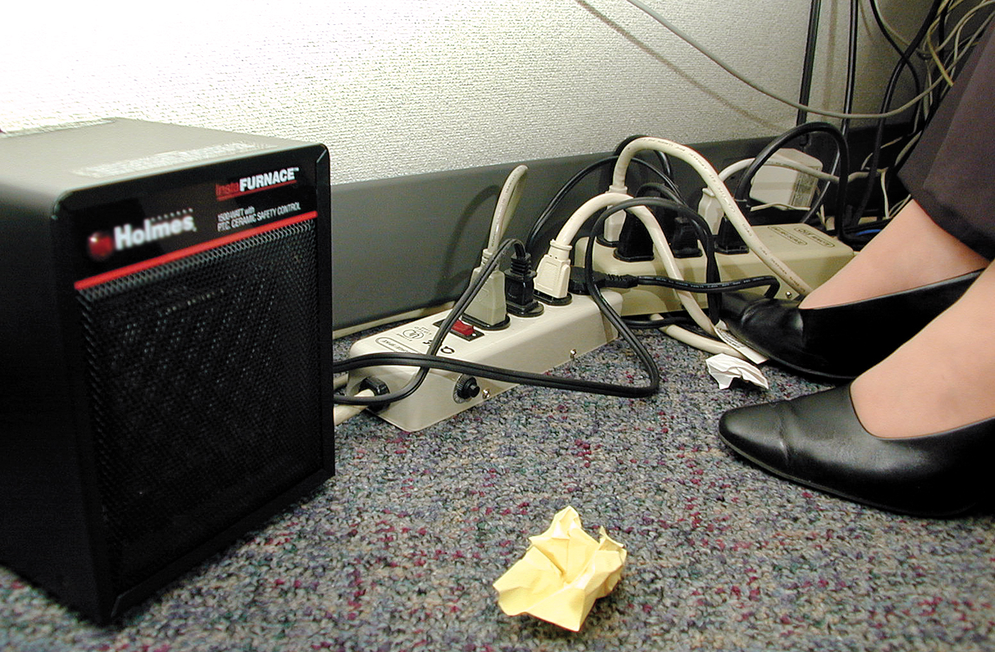 Workplace Portable Space Heater Safety Tips Ivaluesafety