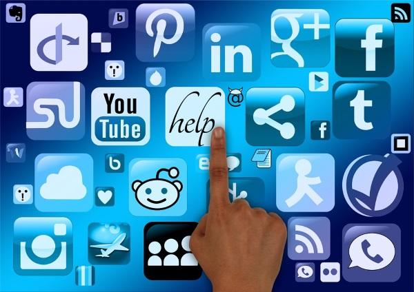 social-media-trends-in-2016-v