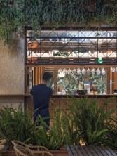 Barra terraza en diseño de restaurante Koh Lanta en A Coruña (Galicia)