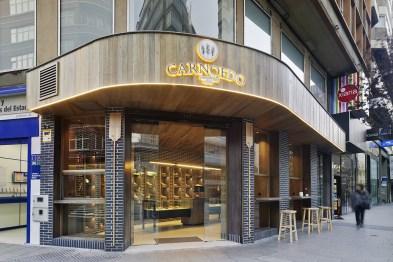 Fachada en Diseño Interior de Panadería Carnoedo en A Coruña