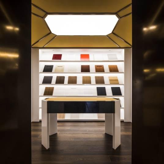 Sala de muestras en Diseño de showroom de cocinas para Grupo Ramón García