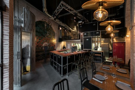 Vista barra en «U» Diseño de Restaurante