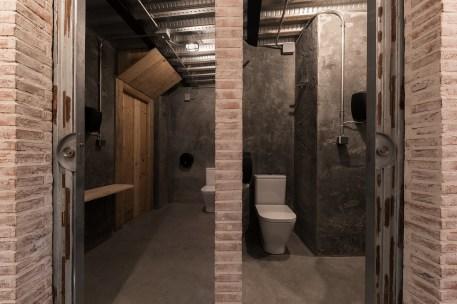 Baños en restaurante Pracer