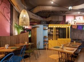 Carro de tacos en cantina Nana Pancha, restaurante mexicano en A Coruña-Galicia