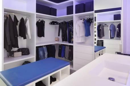 Vestidor-Diseño interior vivienda futurista en Elche