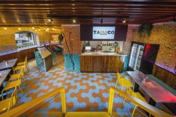 Entrada en Diseño restaurante mexicano Tabaxco en Madrid