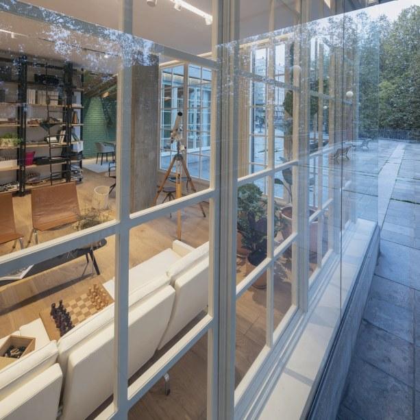Exteriores - INteriorismo EStratégico en Galicia - Showroom mobiliario Sutega