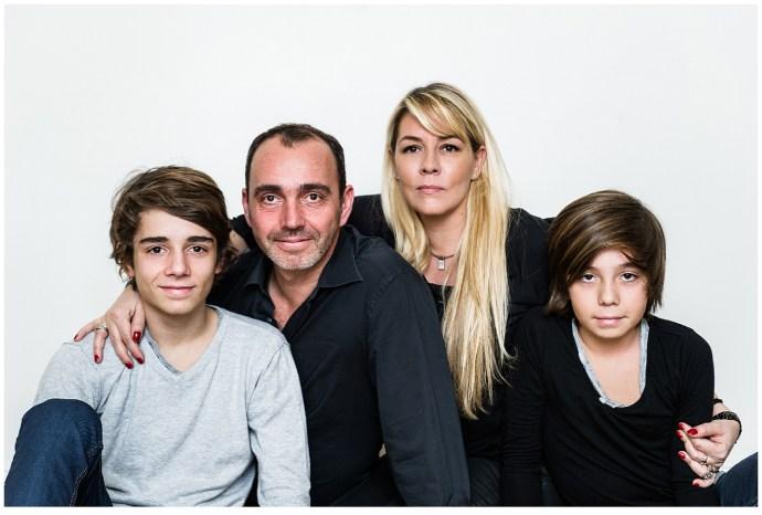 Une séance photo de famille pas sage à Paris