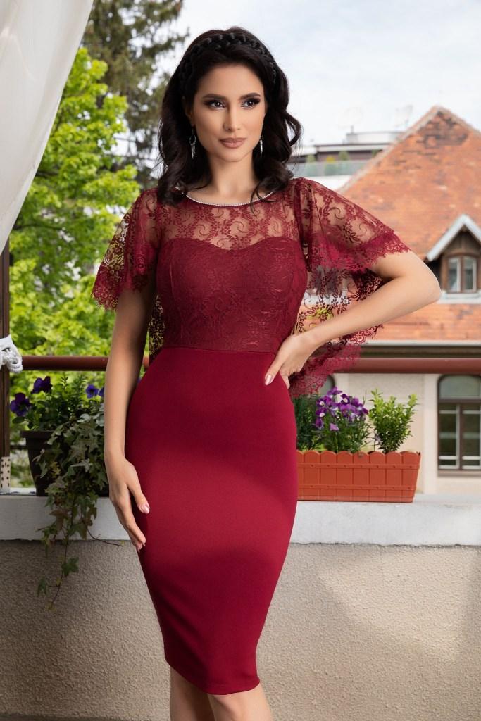 65 Modele Rochii Pentru Femei Plinute Elegante De Ocazie De