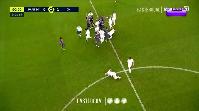 Loạn đả cuối trận PSG - Neymar