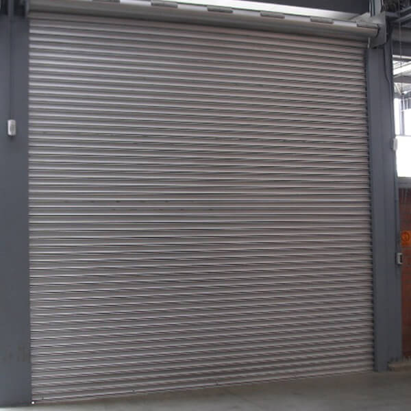 Cortina enrollable metlica industrial y comercial en fleje cerrado
