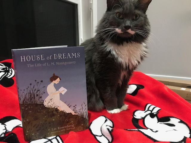 Book Review: House Of Dreams, The Life of L.M. Montgomery by Liz Rosenberg, Illustrated by Julie Morstad