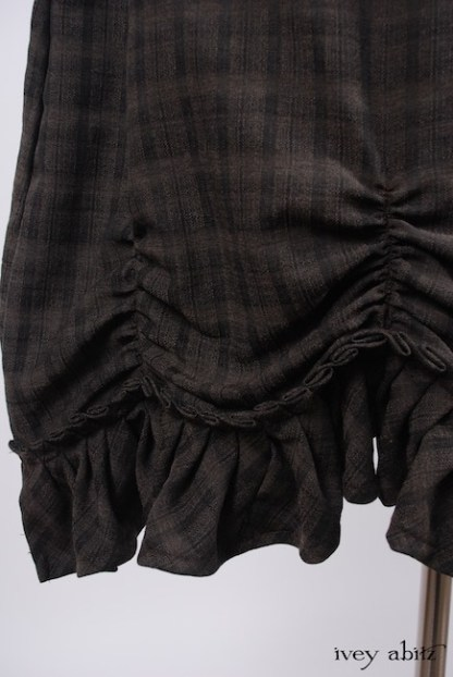 IA101 Edenshire Frock in Brindle Plaid Weave