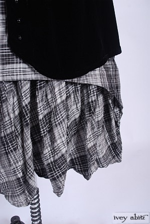 Blanchefleur Frock in Chimney Sweep Plaid Silk Taffeta - Size Large/Extra-Large