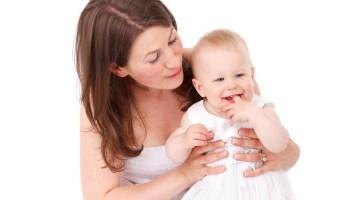 Εξωσωματική γονιμοποίηση χωρίς φάρμακα