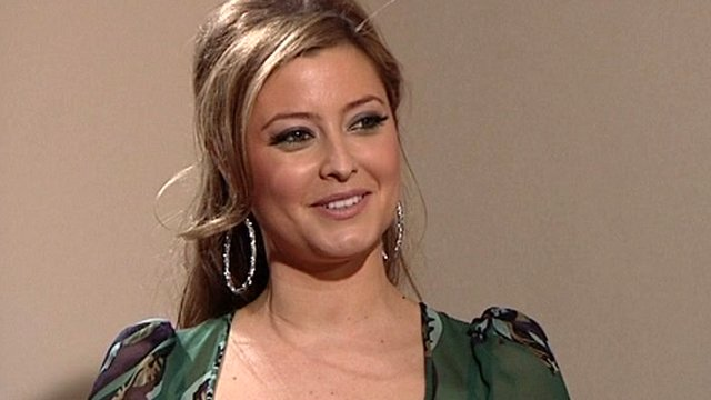holly-valance-1