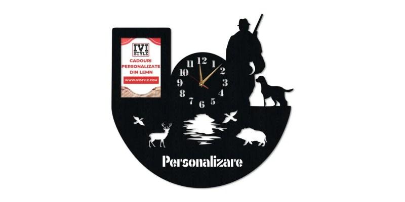 Ceas-pentru-Vanatori-cu-Rama-foto-Personalizat
