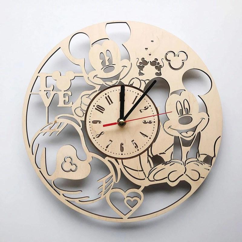 Ceas-Mickey-Mouse-din-Lemn-01-Personalizat-natur