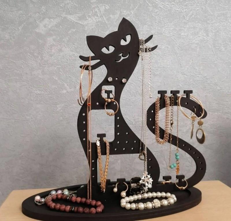 Suport Pentru Bijuterii Pisica din Lemn