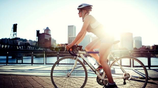 oton%cc%83o-en-bici