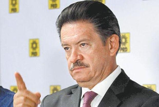 Carlos-Navarrete
