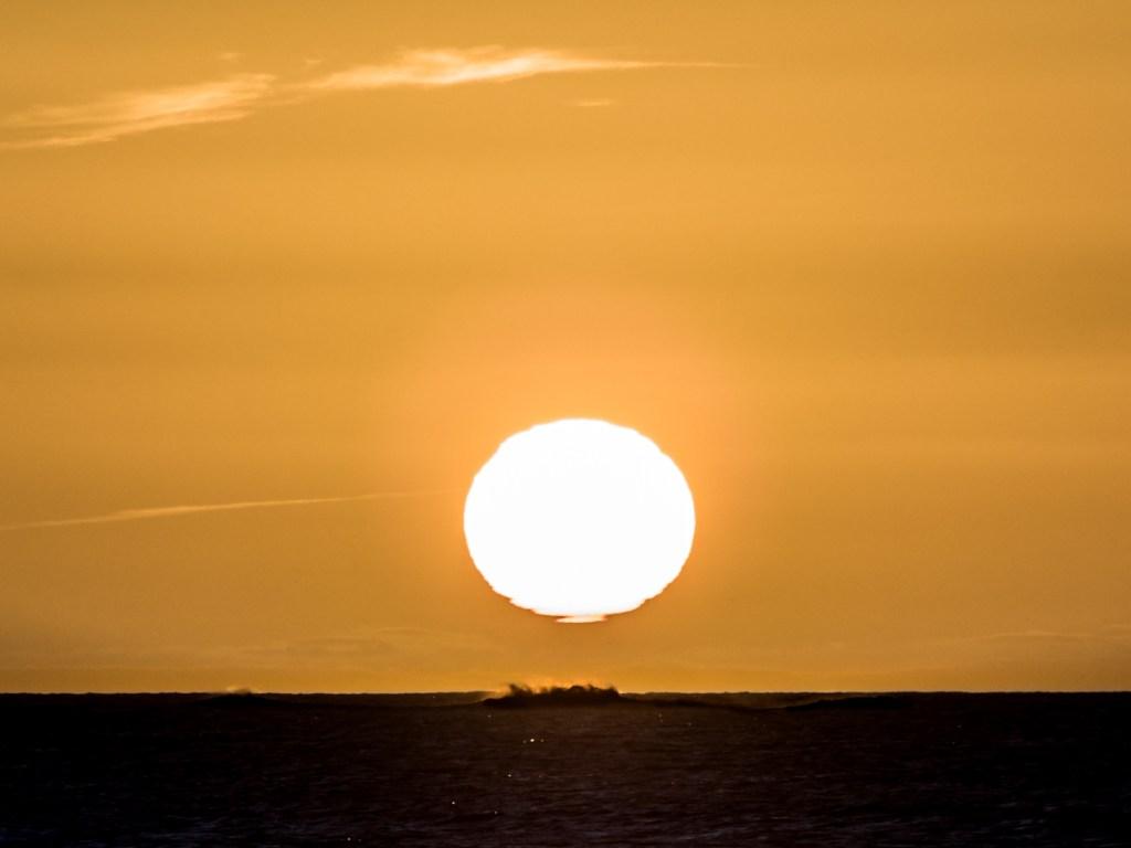 Sunrise, shot with the Pentacon 200mm legacy lens