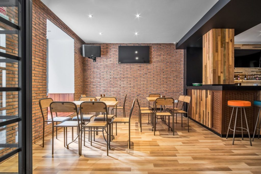Diseño locales comerciales - Ivory - QW Bar