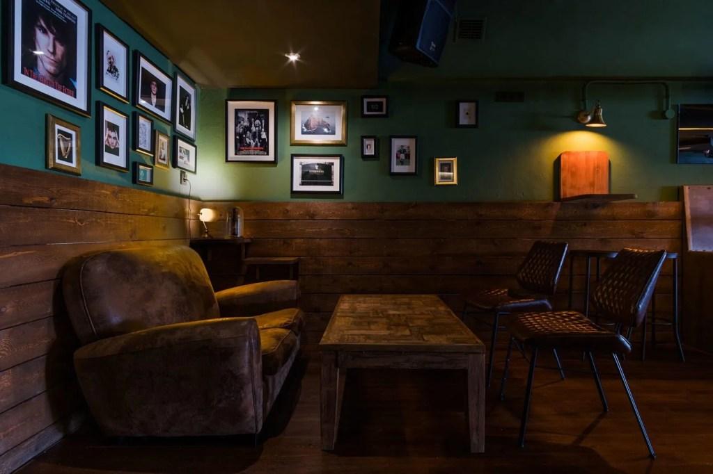 Diseño local en Madrid - Oharas Irish Club